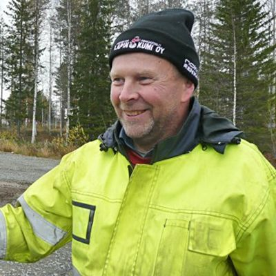 Rovaniemen Reumayhdistyksen puheenjohtaja Pauli Niemelä