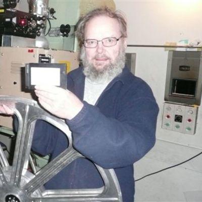 Pieni kasetti korvaa ison kelan
