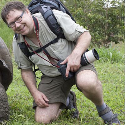Mies ja jättiläiskilpikonna