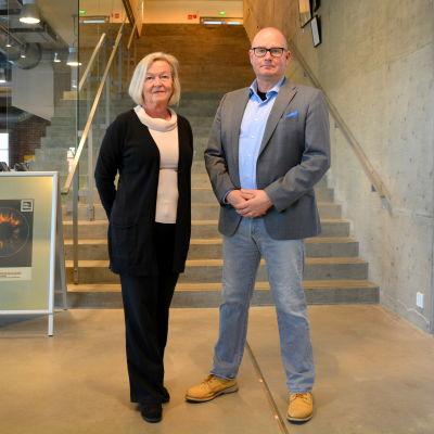 Susanne Dahlqvist och Jussi Pekkinen i Konstfabrien.