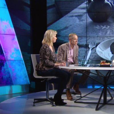 A-studiossa Mikael Fogelholm ja Anni Sirviö.