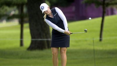 Matilda Castren spelar OS-golf.