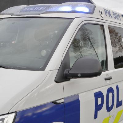 Finländsk polisbil i Joensuu.