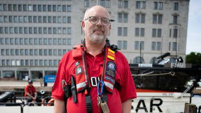 Vapaaehtoinen meripelastaja Markus Korpela valmiina juhannukseen