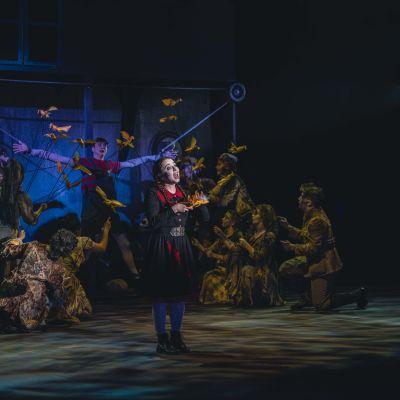 Jyväskylän Kaupunginteatterin The Addams Family -näytelmän harjoitukset.