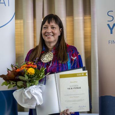 Vuoden 2021 YK:n ystävä -kunniamaininnan saanut Anne Nuorgam