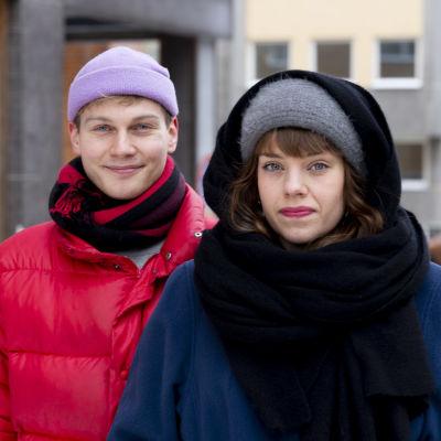 Näyttelijät Anna Airola ja Elias Salonen yhteiskuva