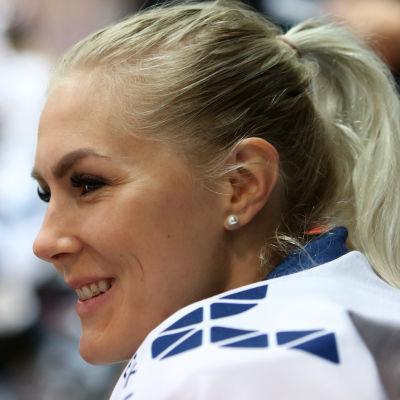 Målvakten Meeri Räisänen i profil.