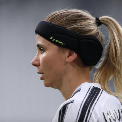 Tuija Hyyrynen spelar med framgång i Italien.