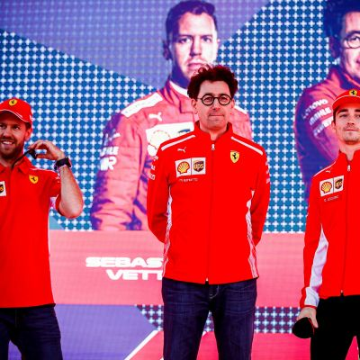 Sebastian Vettel, Mattia Binotto och Charles Leclerc.