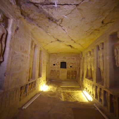 Bild från gravfynd i Sakkara, Egypten.