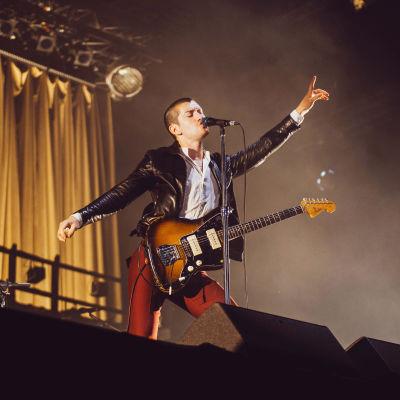 Arctic Monkeysin Alex Turner Flow Festivalilla.