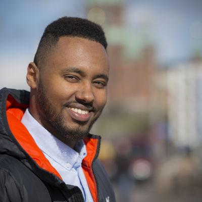 Kaupunginvaltuutettu Suldaan Said Ahmed, Helsinki, Vas.