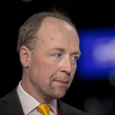 Jussi Halla-aho på Sannfinländarnas partimöte.