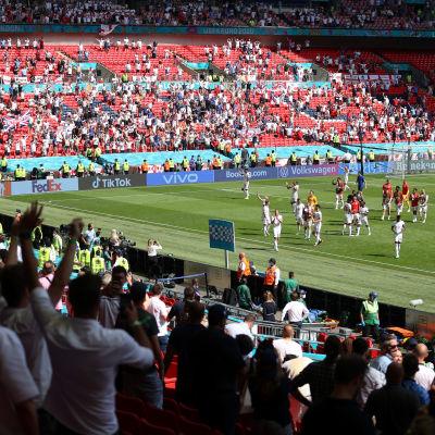 Publik på Wembley under EM.