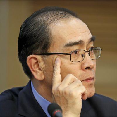 Nordkoreas biträdande ambassadör i London Thae Yong-Ho hoppade av år 2016 och flydde till Sydkorea där han har talat ut om människorättskränkningar i sitt forna hemland
