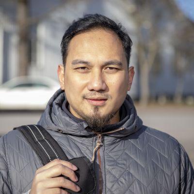 Ben Amar on Filippiineiltä Suomeen muuttanut perushoitaja.