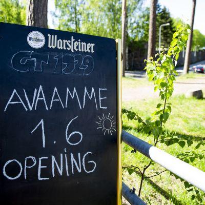 Kahvilat avautuvat 1.6.2020.