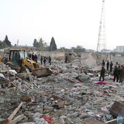 Tuhon jälkiä Ganjassa