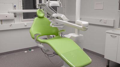 Hammaslääkärin tuoli Savitaipaleen uudella hyvinvointiasemalla.