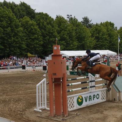 Annina Nordström med hästen Luzia i Sea Horse Week 2016.