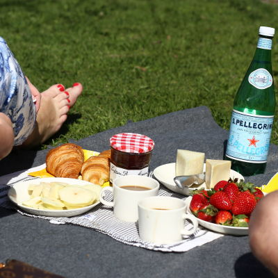 En picknick i parken.