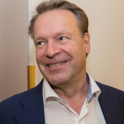 Ilkka Kanerva kansanedustaja eduskunta