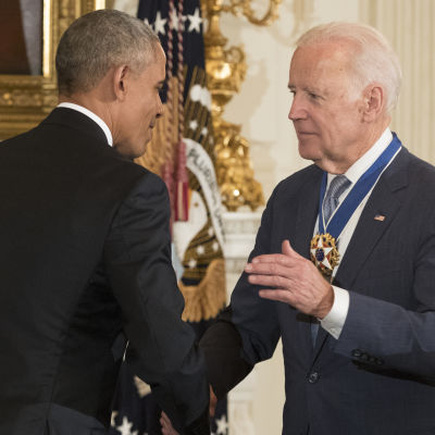 Vicepresident Joe Biden var inte medveten om att president Barack Obama skulle bevilja honom USA:s förnämsta civila hedersbetygelse