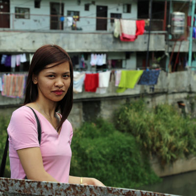 Twinkle Lomong-oy är en filippinsk sjukskötare som har rekryterats till Finland.