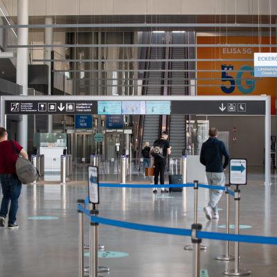 Länsisataman terminaali 2