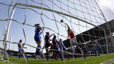 HJK mot Åland United.
