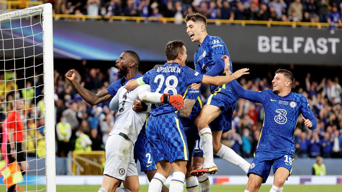14 straffar behövdes för att avgöra Supercupen – andremålvakten Kepa straffhjälte när Chelsea besegrade Villarreal
