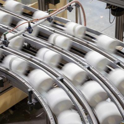 Vessapaperia Essityn tehtaalla Nokialla.