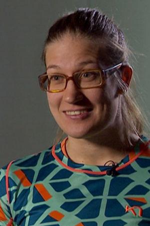 Hanna Leveelahti haastattelukuvassa.