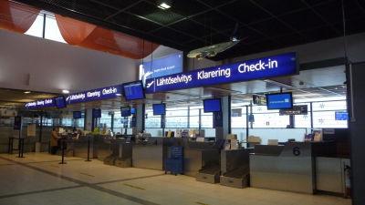 Incheckningsdiskar vid Åbo flygplats