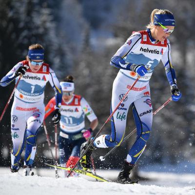 Frida Karlsson i farten.