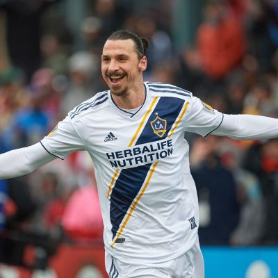 Zlatan jublar efter ett mål i Los Angeles Galaxy