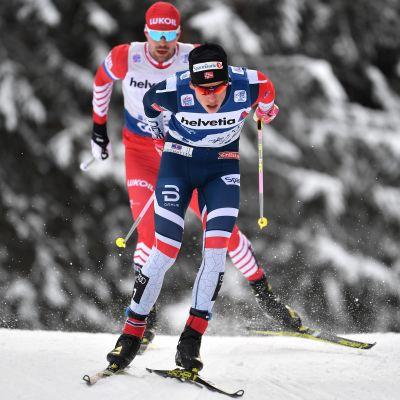 Johannes Hösflot Kläbo och Sergej Ustiugov i farten.