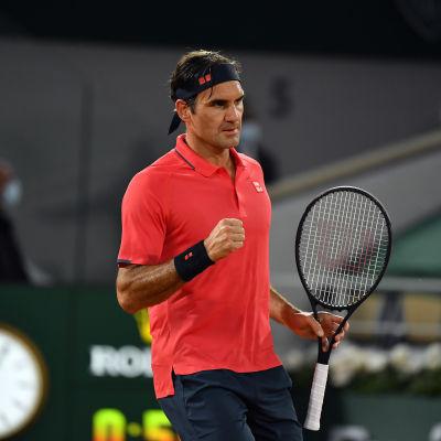 Roger Federer kentällä