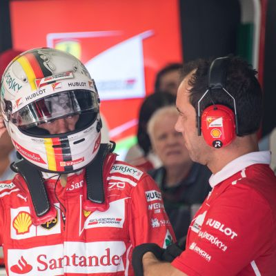 Sebastian Vettel snabbast i de tredje fria träningarna.