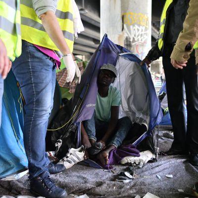 Flyktinglägret tömdes och invånarna fördes bort i bussar den 30 maj 2018.