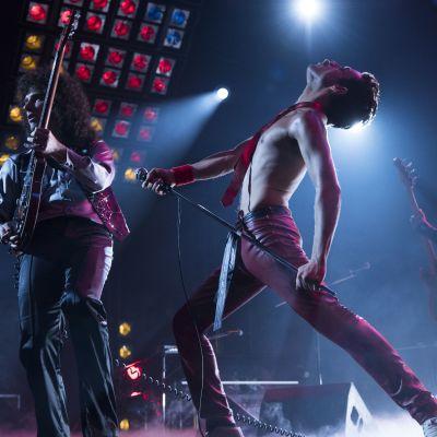 Queen live, scen ur filmen Bohemian Rhapsody.
