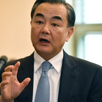 Kinas utrikesminister Wang Yi på besök i Australien 7.2.2017
