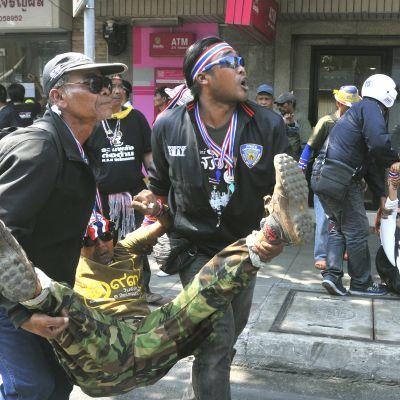 Nya protester i bangkok