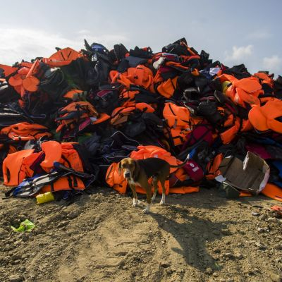 Flytvästar på Lesbos i Grekland.
