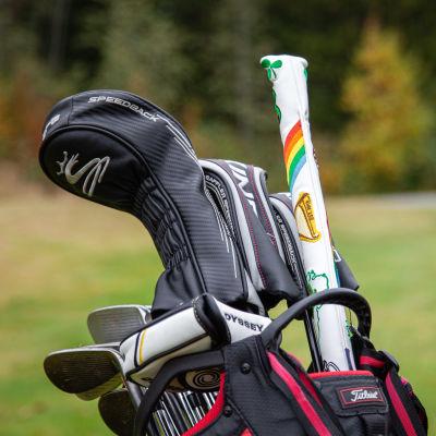 Golfbag Tuosan golfkentällä.