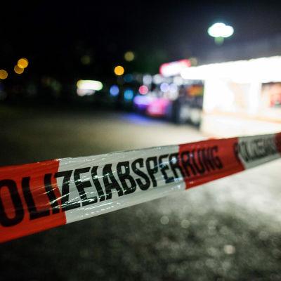 Fotbollsmatch mellan Tyskland och Holland ställdes in på grund av terrorhot den 17 november 2015.