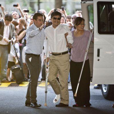 En lycklig Chen anlände till New York med sin familj