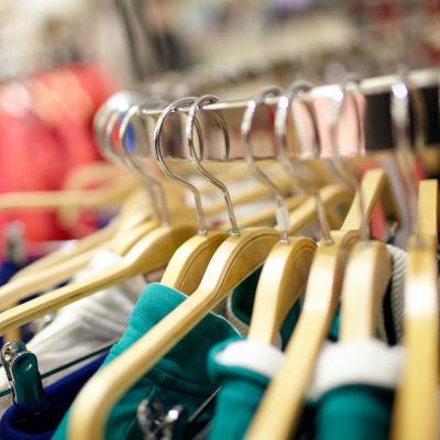 Herrkläder i klädaffar