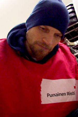 Mikko Penttilä vapaaehtoistyössä